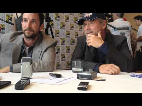 Falling Skies Comic Con 2012 - Noah Wyle and Will Patton talk leadership
