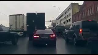 Stupid Driving Fails - People Who Can't Drive September 2019