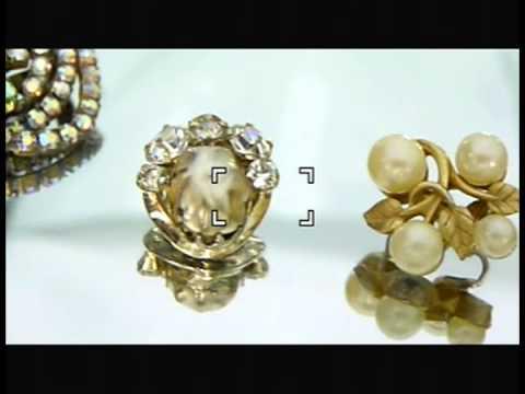 dating vintage clip on earrings