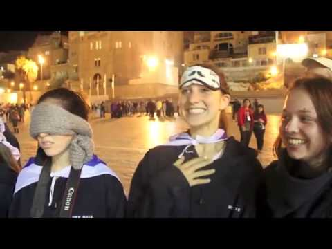 Students Discover KOTEL for First Time (Western Wall)