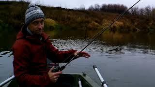 КАК ЛОВИТЬ ЩУКУ ловля щуки на реке рыбалка на джиг спининг в коряжнике на приманки из силикона