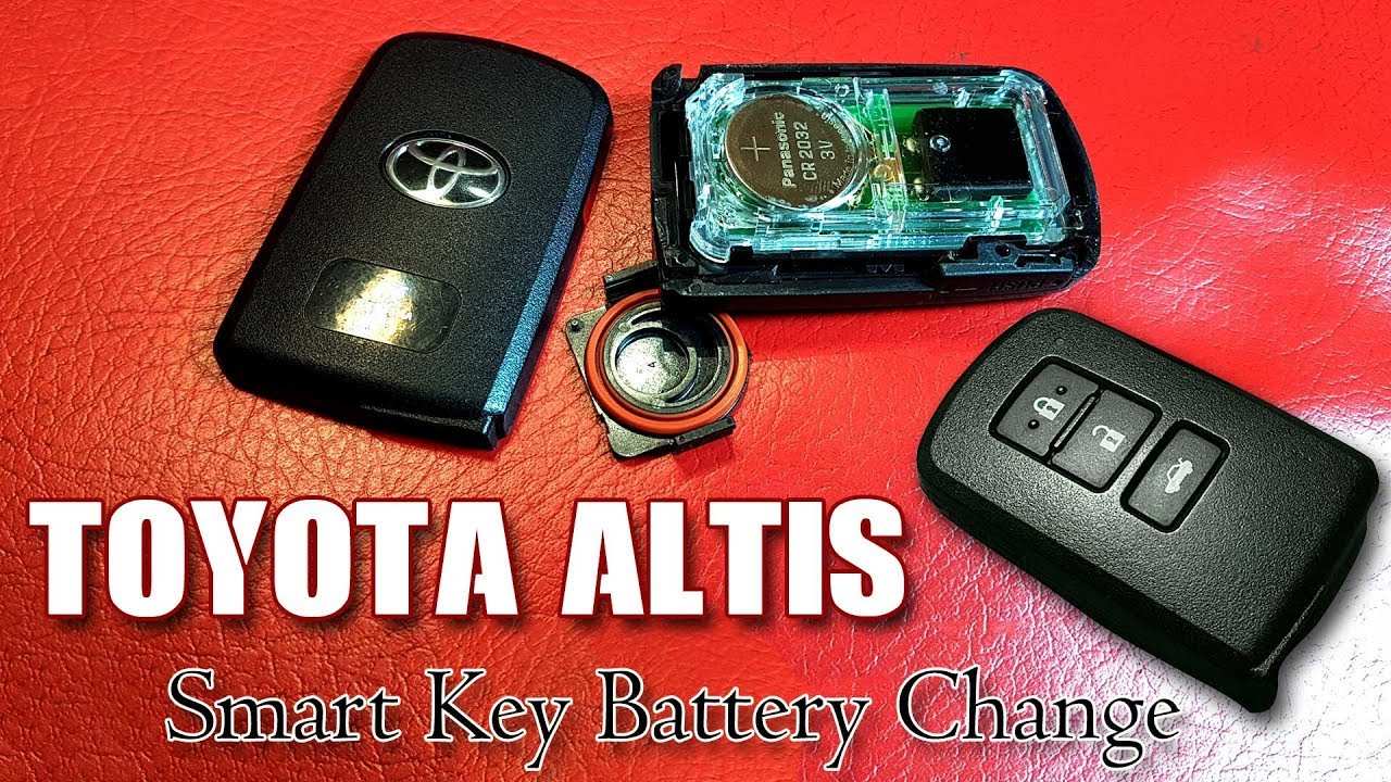 Toyota Corolla Altis Smart Key Battery Change Youtube