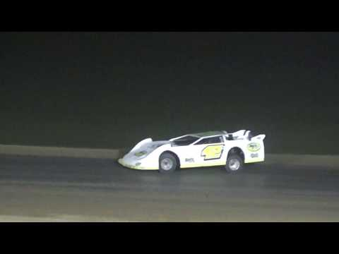 Late Model Feature at Crystal Motor Speedway, Michigan on 07-15-2017