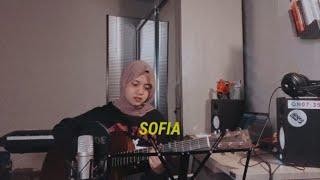 Clairo - Sofia (Cover) By Hanin Dhiya