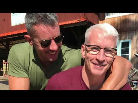 The Reason Why Anderson Cooper's  Still Living With His Ex Benjamin Maisani
