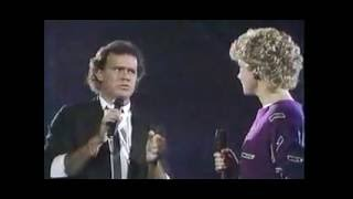 Anne Murray & Dave Loggins - Nobody Loves Me Like You Do YouTube Videos