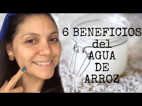 beneficios de echarse agua de arroz en la cara