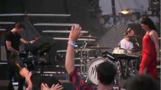 "M83- ""Midnight City"" *AMAZING LIVE VERSION* (1080p HD) Live at Lollapalooza 8-3-2012"