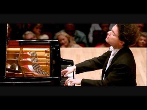 Evgeny Kissin plays Chopin Ballade no.1