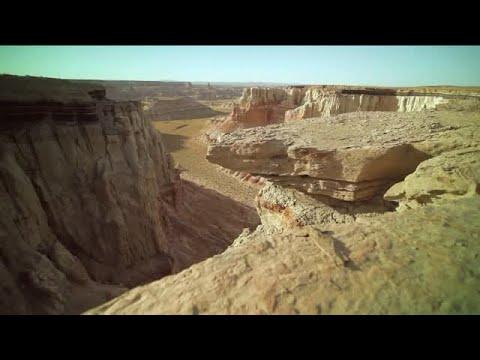 Arizona's Coal Mine Canyon Is Hidden Jewel Off The Beaten Path