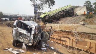 Kronologi Lengkap Kecelakaan Beruntun di Tol Cipularang