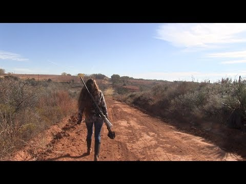 Coyote Hunting with Torie Lynn  MFK S6:E24