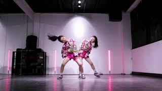 Publication Date: 2021-01-26 | Video Title: Chl  oe & Z oe ~ Super Gir