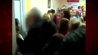 Битва за анализы в киевской городской лекарне(Вся правда о бесплатной медицине на сайте: http://novostnoy24.ru/ Это видео о том, как в украинской киевской бесплатно..., 2015-05-29T16:26:47.000Z)