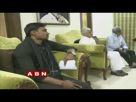 Reasons Behind Punganur Municipal Chairperson Shameem Shareef ,Commissioner Lokesh Clashes | Inside