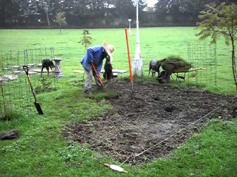 Iniciando obra mesa de jardin de concreto youtube for Bloques de cemento para jardin