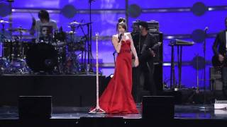 Miley Cyrus Live @ Kids Inaugural For Obama - The Climb [MwapiTV]