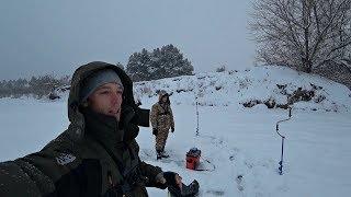 Ловля щуки в глухозимье. Поклевки на камеру. Зимняя рыбалка на балансир 2019