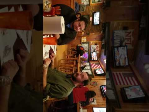 Guys night at Hooters with Brad Lyon