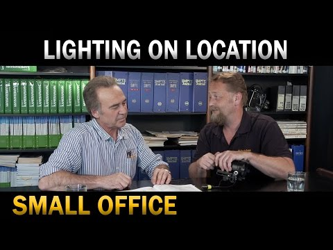 Lighting against daylight - small office
