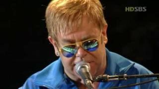 Download Elton John - Can you feel the love tonight (Live In Seoul 2004 HD) Mp3 and Videos