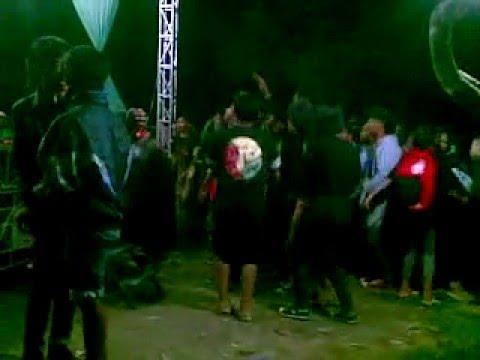 Konser reggae   kan kuukir namamu    Batanq sariii Uyeeeee