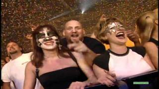 KISS - Rock And Roll All Nite [ East Rutherford 6/27/00 ]