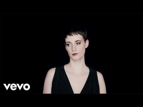 Noémie Wolfs - Lost In Love