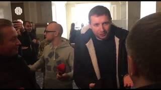 Парасюка не пустили в Раду, на входе сработали рамки | Страна.ua