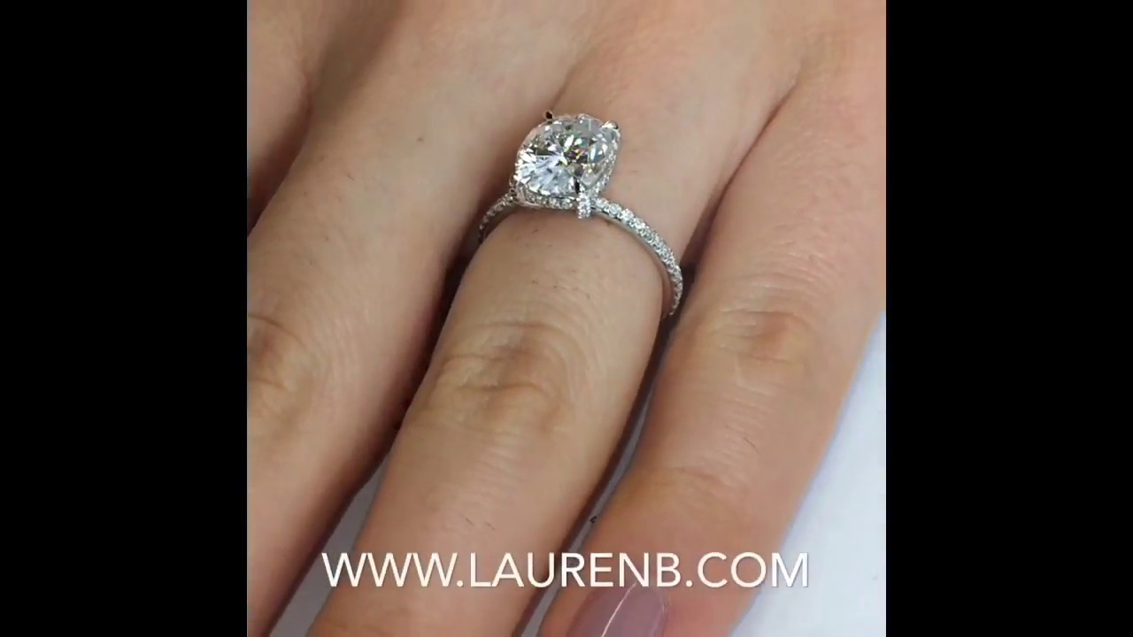 3 Carat Oval Moissanite Engagement Ring