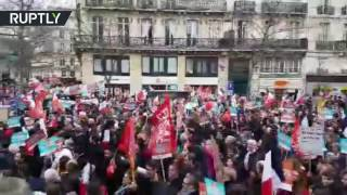 Thousands rally in support of leftist Jean Luc Melenchon in Paris