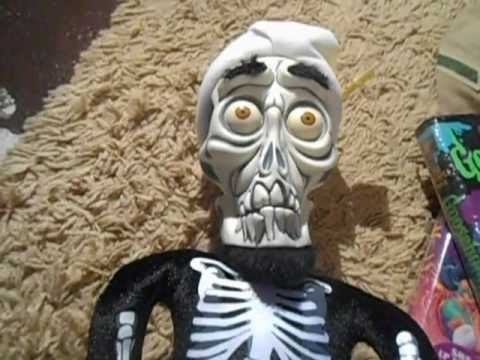 Merry christmas achmed doovi for Achmed the dead terrorist halloween decoration