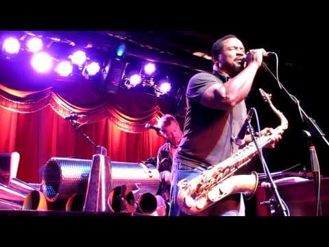 Grayboy Allstars- Get A Job (Brooklyn Bowl- Fri 4/29/11)