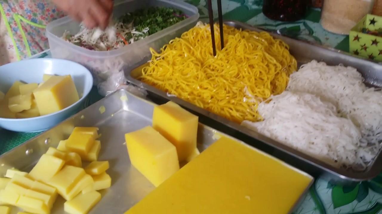 ผลการค้นหารูปภาพสำหรับ ข้าวซอยยำ ถั่วฟืน ร้านฮาบีบ อาหารฮาลาลมัสยิดอัตตักวาเช่ียงใหม่