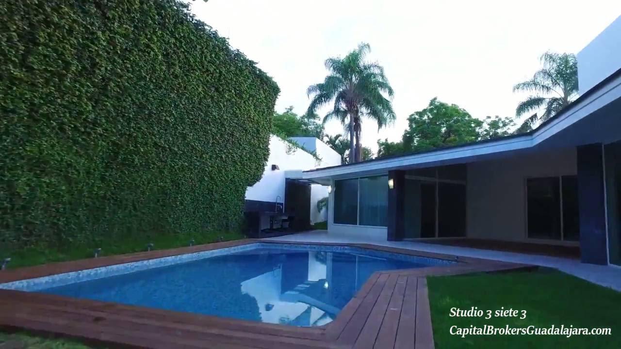 Casa de lujo con alberca en colinas de san javier for Imagenes de casas pequenas con alberca