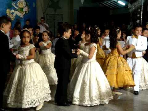 Tiago e Mariana - Valsa (Doutores do ABC 2009 EMNR)