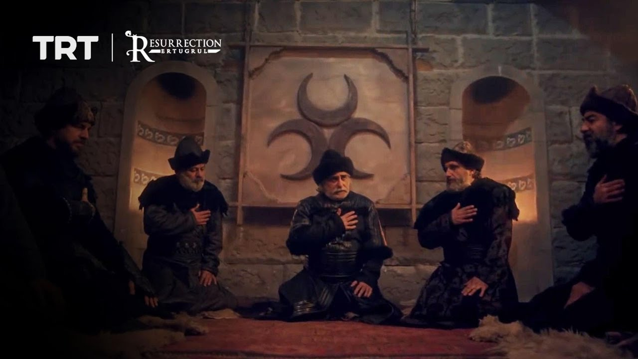 Ertugrul attends the secret meeting of 'the white beards'