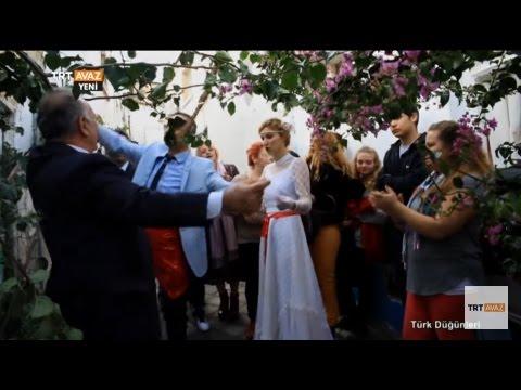 Girit Türkleri'nin Düğünündeyiz - Kuşadası - Türk Düğünleri - TRT Avaz