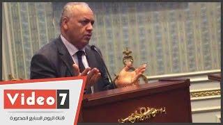 بكرى يكشف كواليس خلاف حاد بين رئيس مجلس إدارة الأهرام ورئيس التحرير