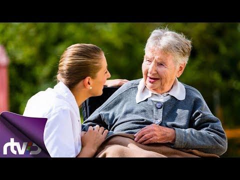 Как устроиться в соц службу по уходу за пожилыми людьми
