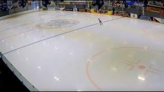 Скачать Соревнование по фигурному катанию на коньках среди юношей и девушек Летние мотивы