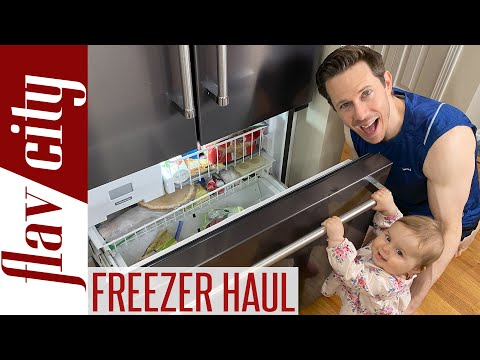 What's In My Freezer During The Quarantine?!