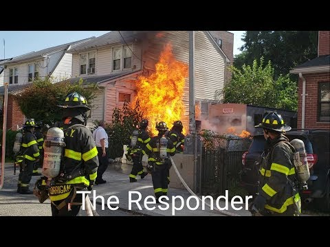 [FDNY] ALL HANDS GOING TO WORK - FIRE SPREADS AND KNOCKED DOWN