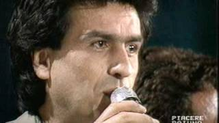 LITTLE TONY  CANTA  TUTTI I FRUTTI E UN INTERPRETAZIONE SPLENDITA DI MAY WAY CON TOTO CUTUGNO
