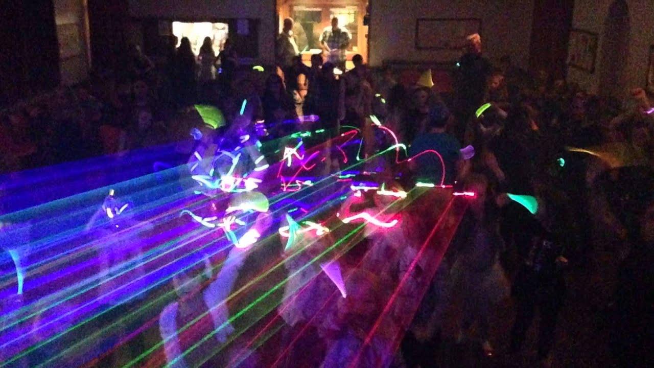 Party Mania Discos - Mobile dj Disco Children's Entertainer
