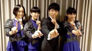 Perfume 公式インスタグラムから4人並んだ写真です。あとはインターネ...