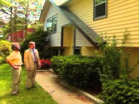 How to Select a House to Remodel - Split-Level Ranch in Plymouth, MA - Bob Vila eps.401