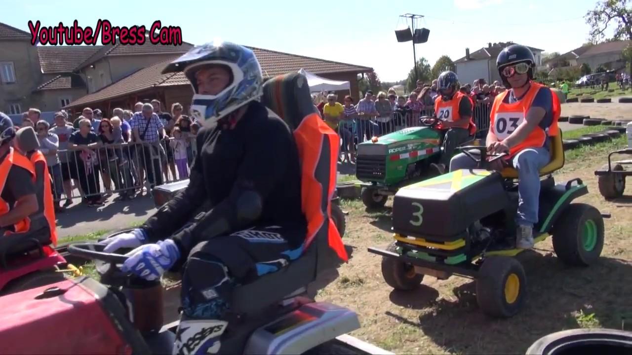 Course De Tracteurs Tondeuses Dimanche à Senven Léhart Près