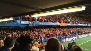 Üst Üst'e Üç tane Üçlü Stamford Bridge'de. Chant Battle Chelsea VS Galatasaray.