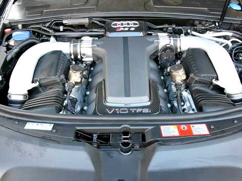 Audi RS6 V10 engine sound.